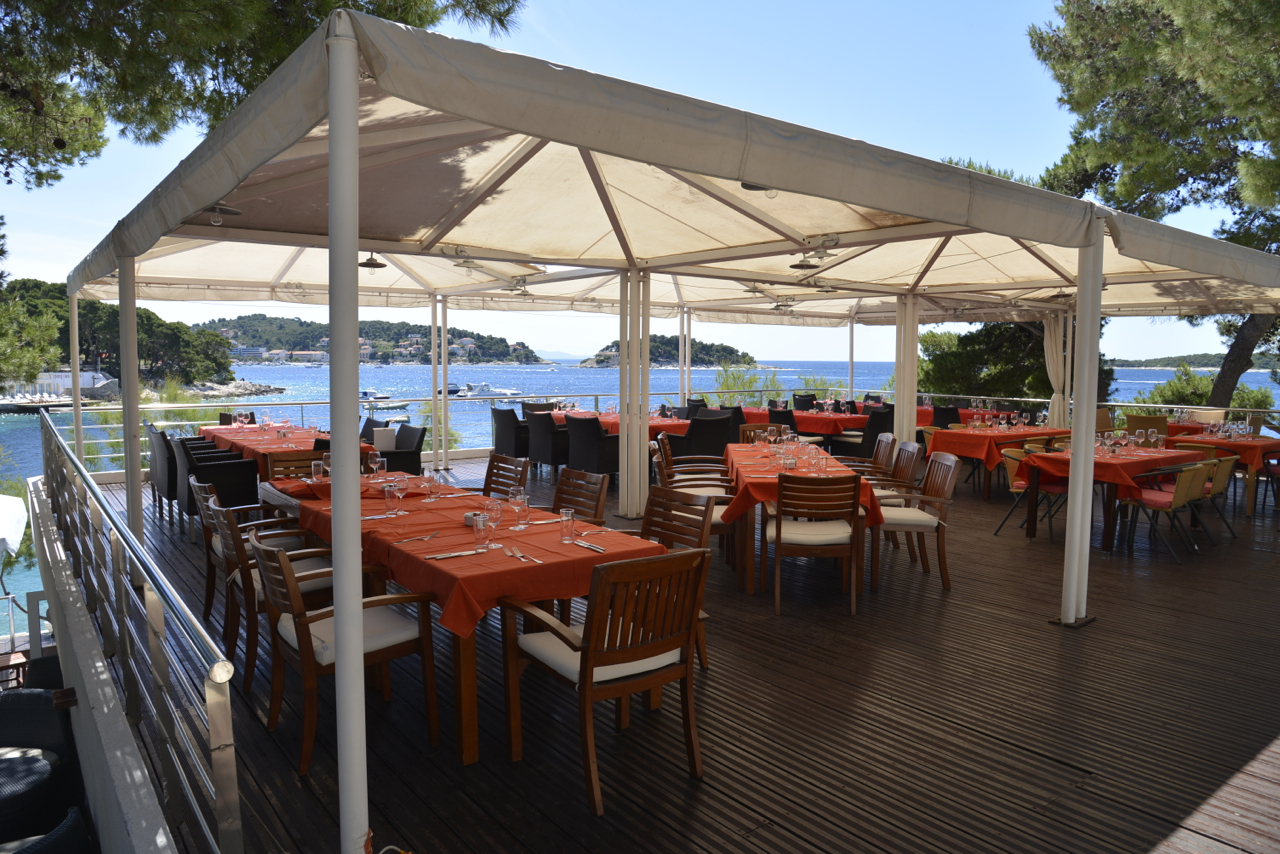 Amfora Hvar Grand Beach Resort 19