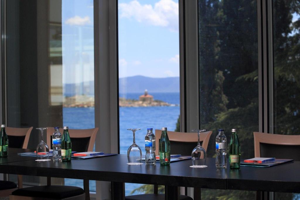 Accommodation in Croatia - Hotel Dalmacija Makarska (14).JPG