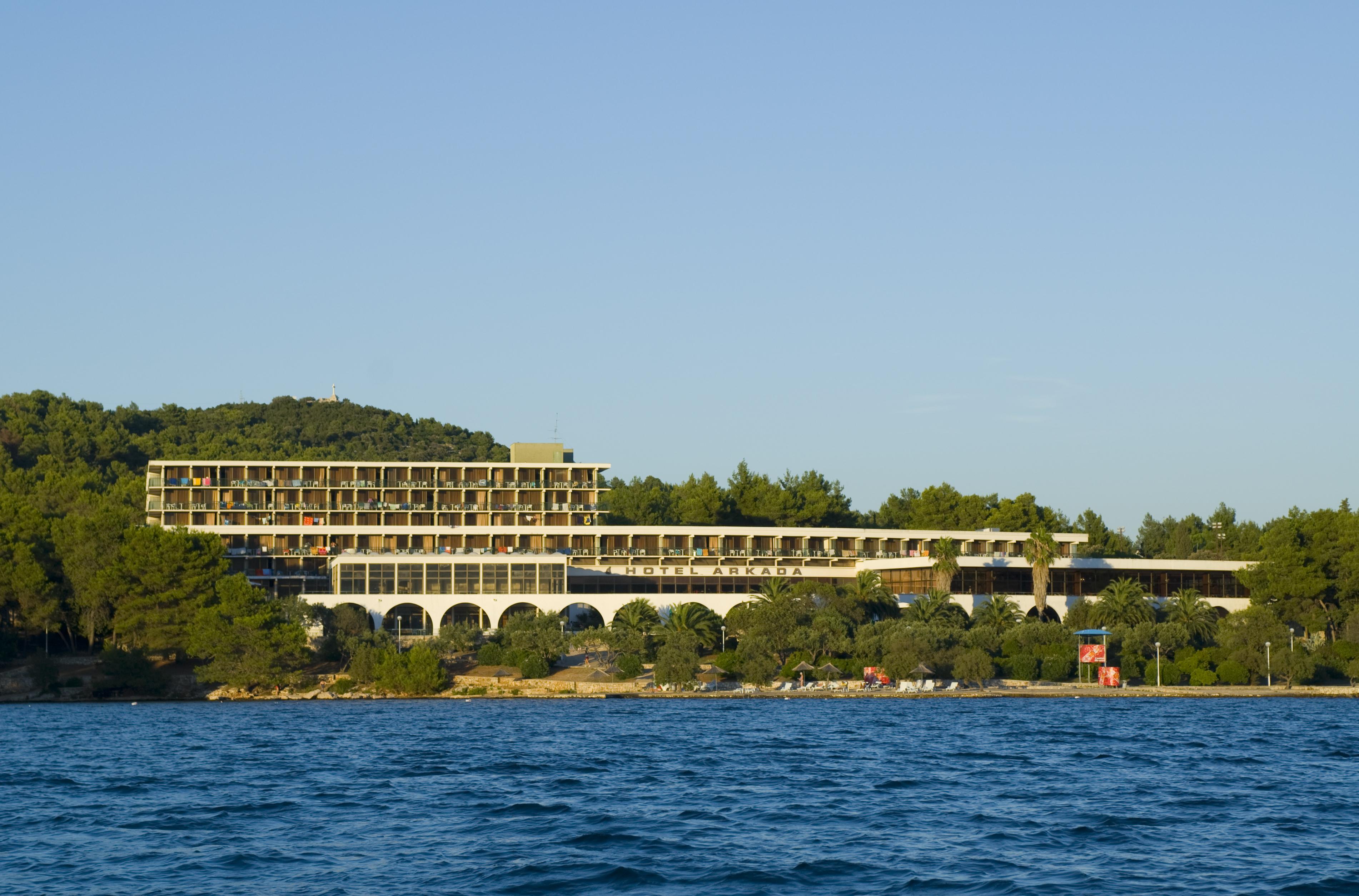 Hotel Arkada Stari Grad 17