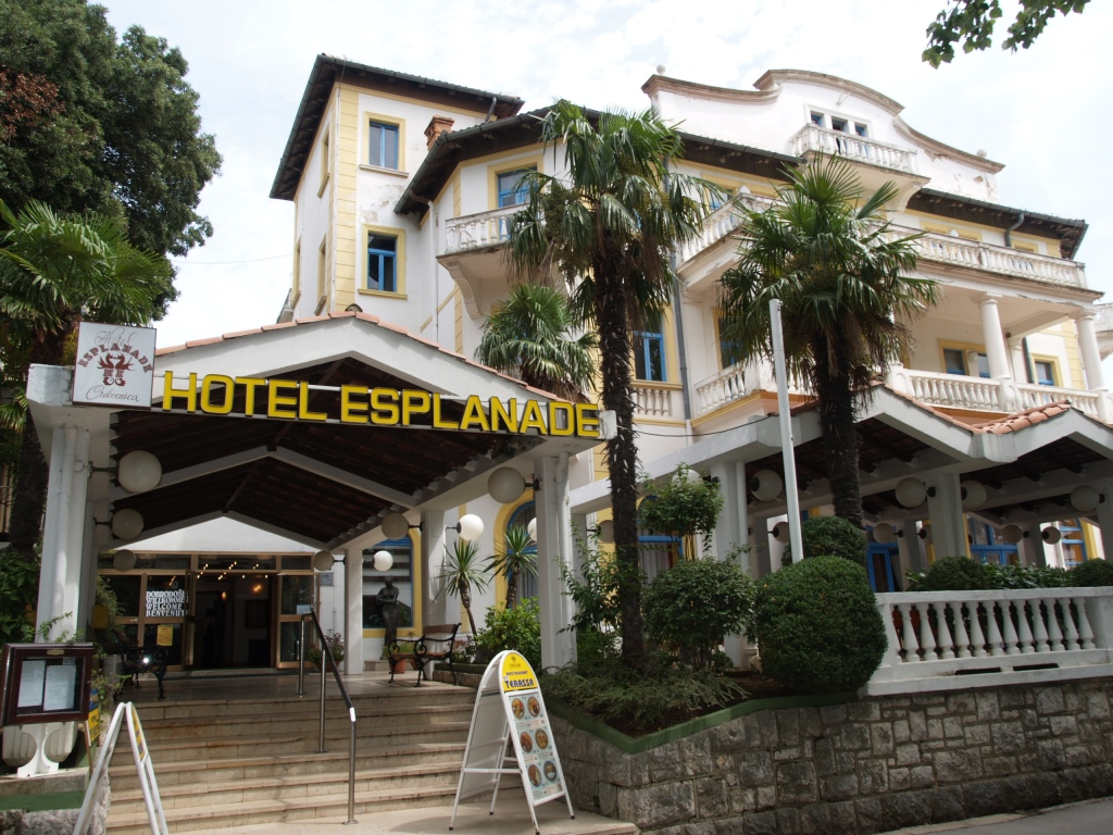 Accommodation In Croatia - Hotel Esplanade-Crikvenica (9).jpg