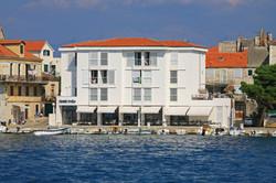 Hotel Vrilo, Postira 1