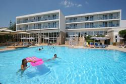 Bluesun hotel Borak Bol 11.jpg