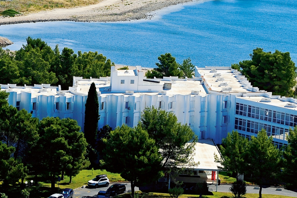 Solaris_Beach_Resort_Beach_Hotel_Jakov_Š