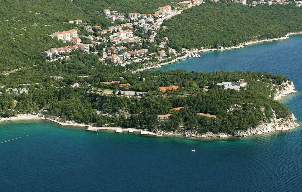 ACCOMMODATION IN CROATIA - Tourist settlement  KACJAK DRAMALJ (1).jpg