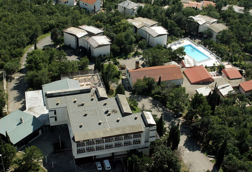 ACCOMMODATION IN CROATIA - Hotel and pavilions Ad Turres Crikvenica (2).jpg