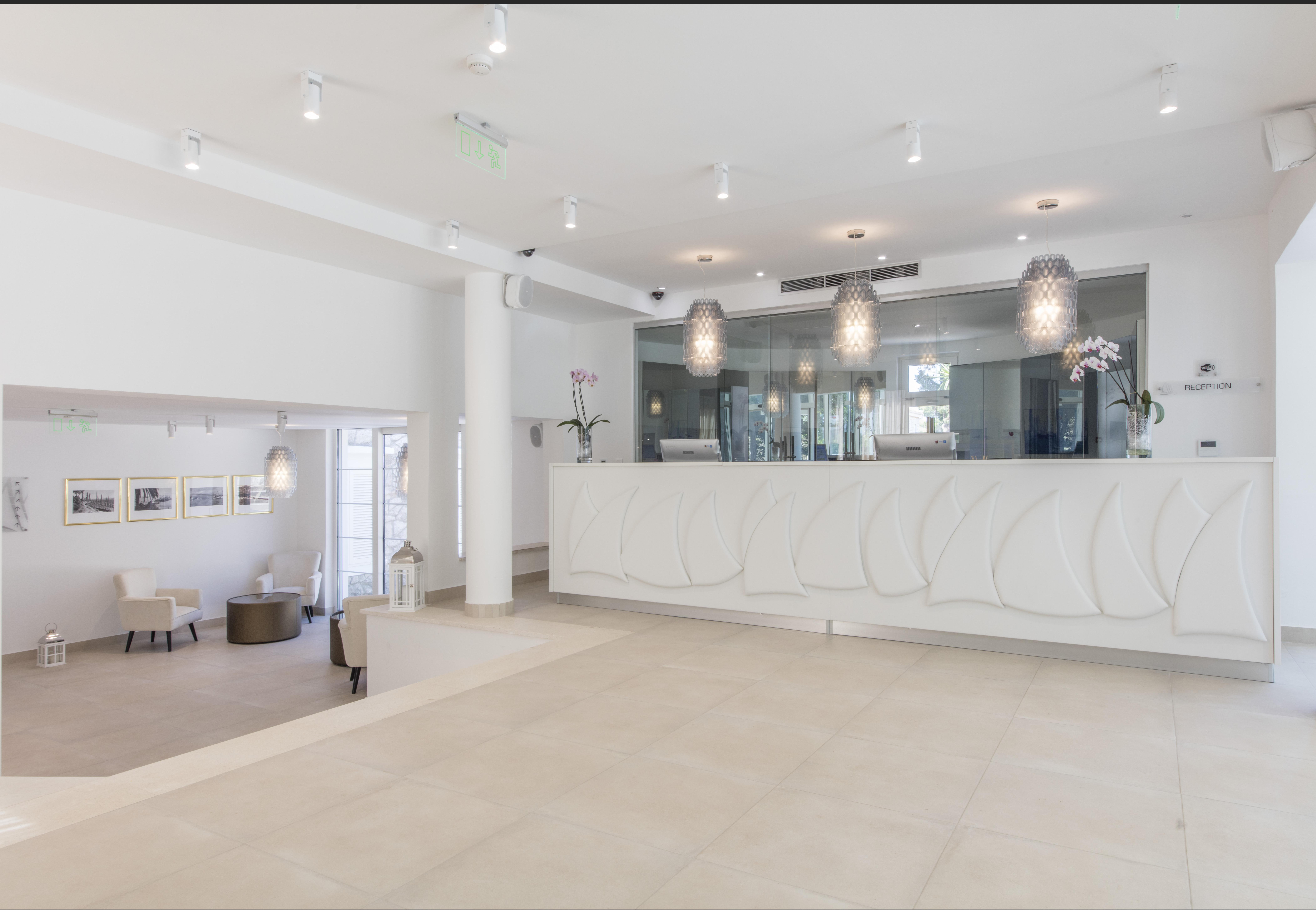 Hotel_and_dependance_Bellevue,_Orebić_41