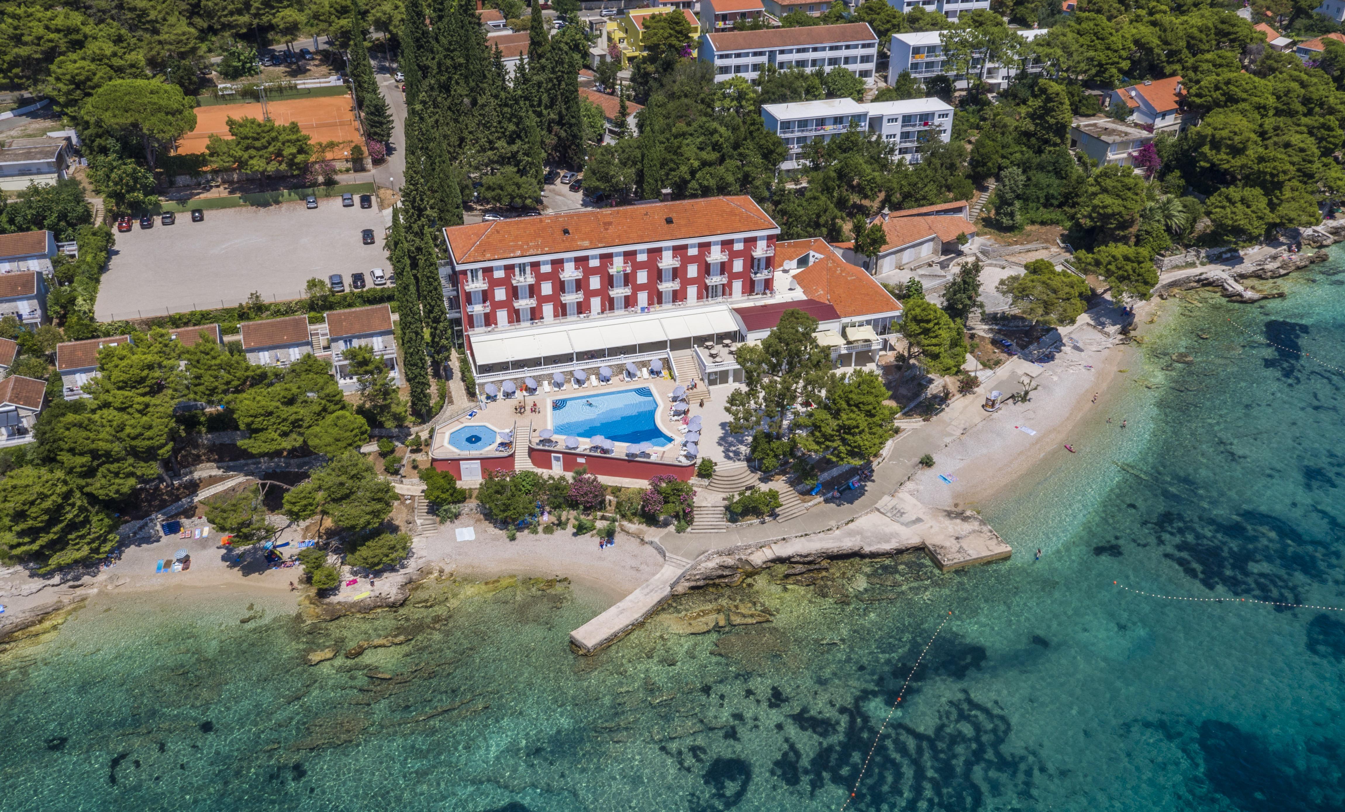 Hotel_and_dependance_Bellevue,_Orebić_21