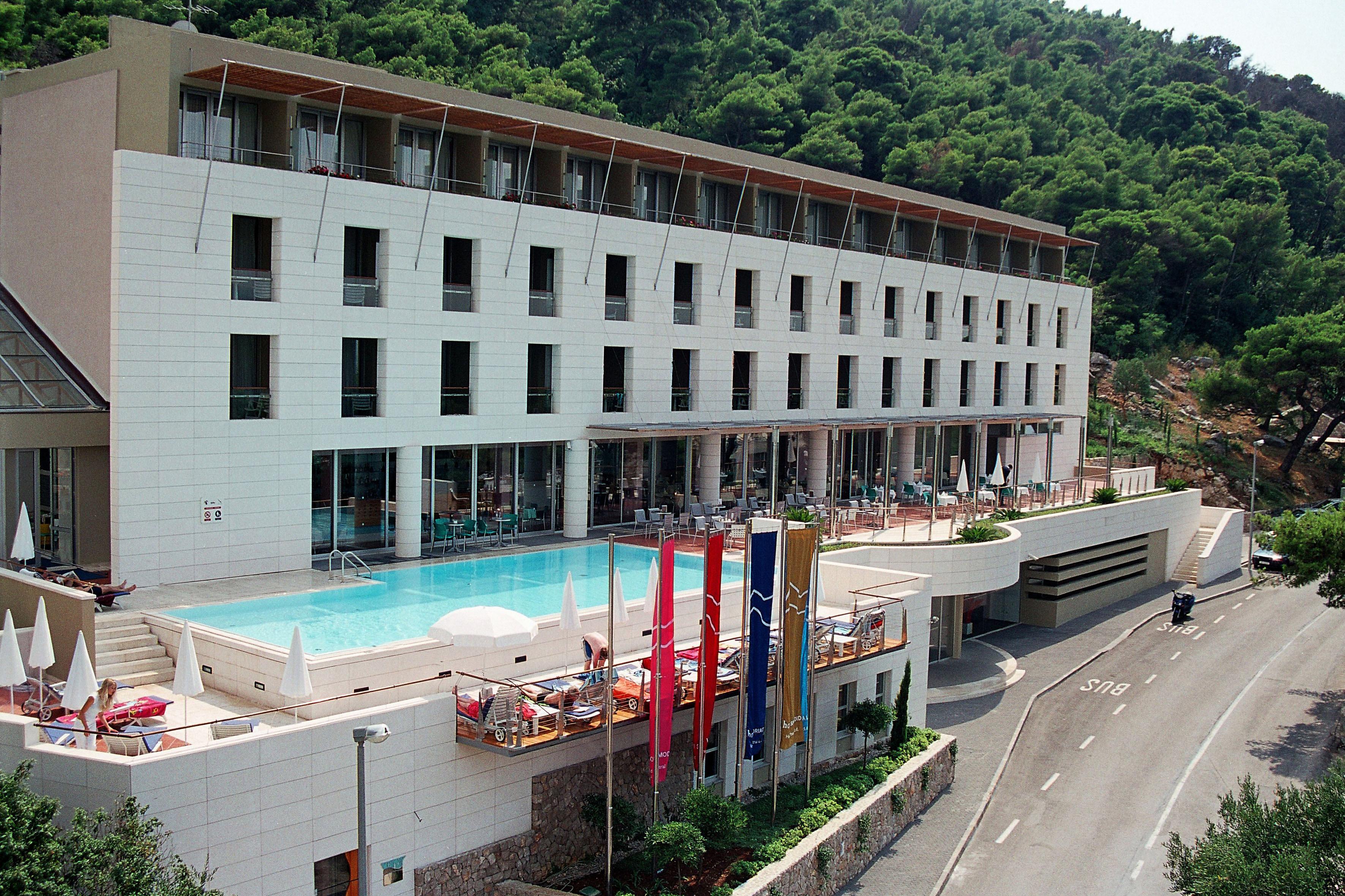 uvala-hotel-front-entrance-pool