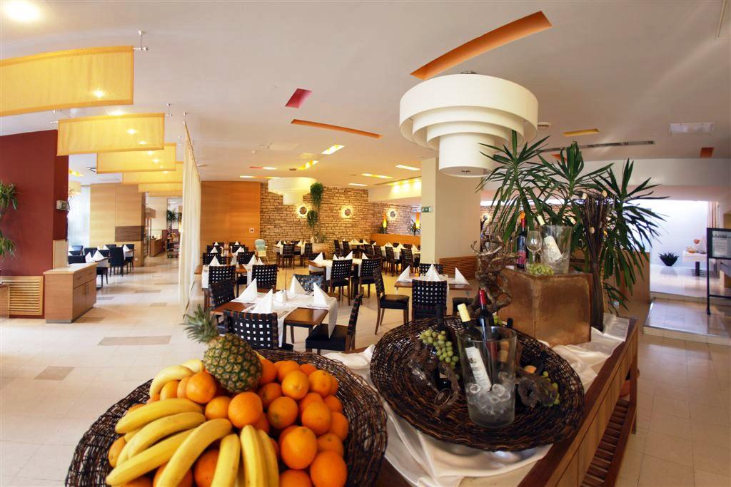 Falkensteiner Club Hotel Funimation Borik - Zadar 37.jpg