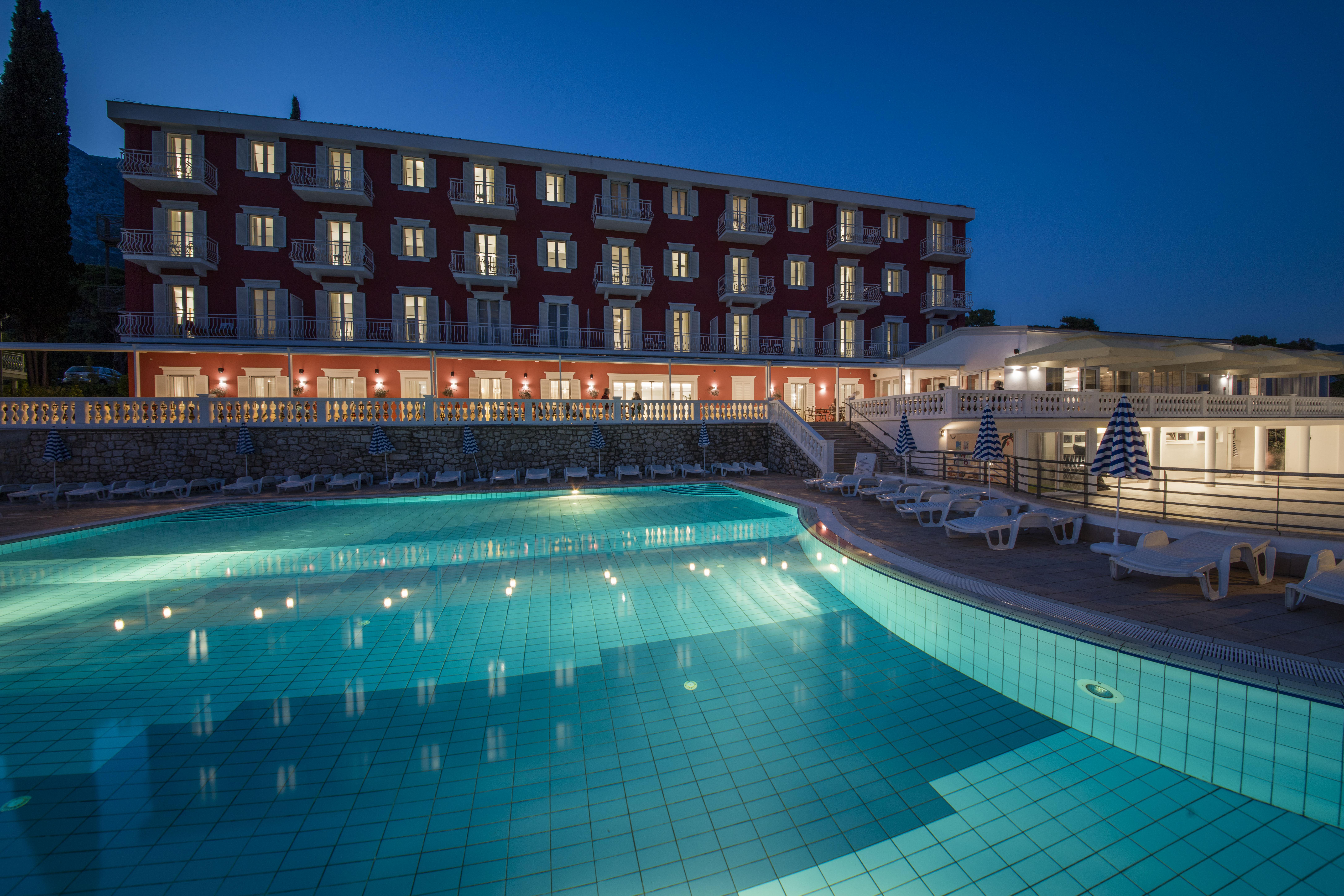 Hotel_and_dependance_Bellevue,_Orebić_28