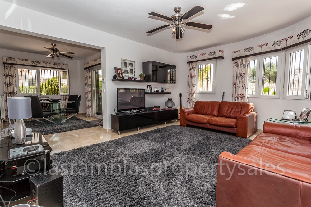 villa properties for sale Las Ramblas Golf508-16