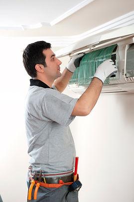 ar condicionado manutenção e limpeza preventiva