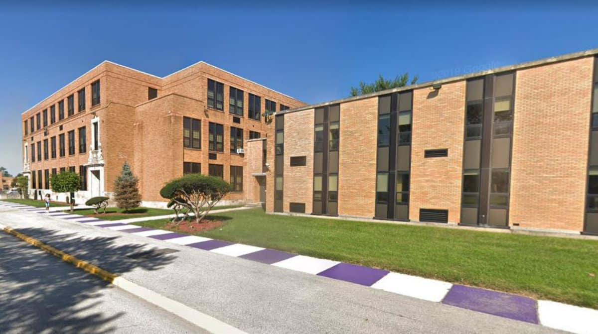 Thornton-Township-High-School.jpg