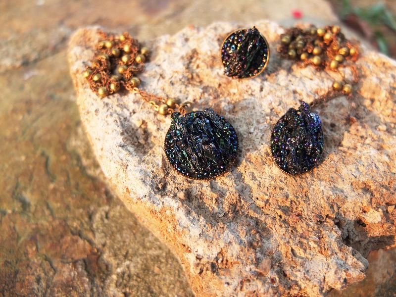 Rainbow Stone Pendent Necklace