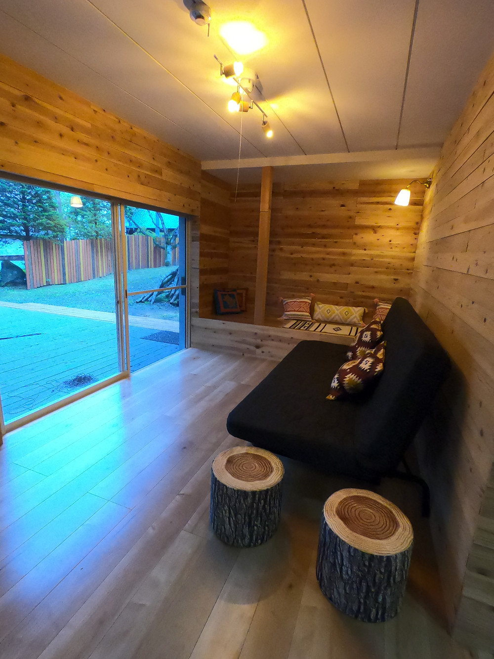 みなかみ キャンプ  グランピング ワオグラ コテージ airbnb エアービーアンドビー