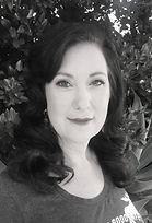 Dandi Headshot.jpg