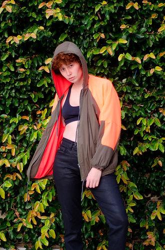 Jaqueta corta vento caqui c/ laranja flúor