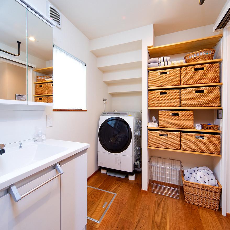 HOUSE-TSU 洗面スペース