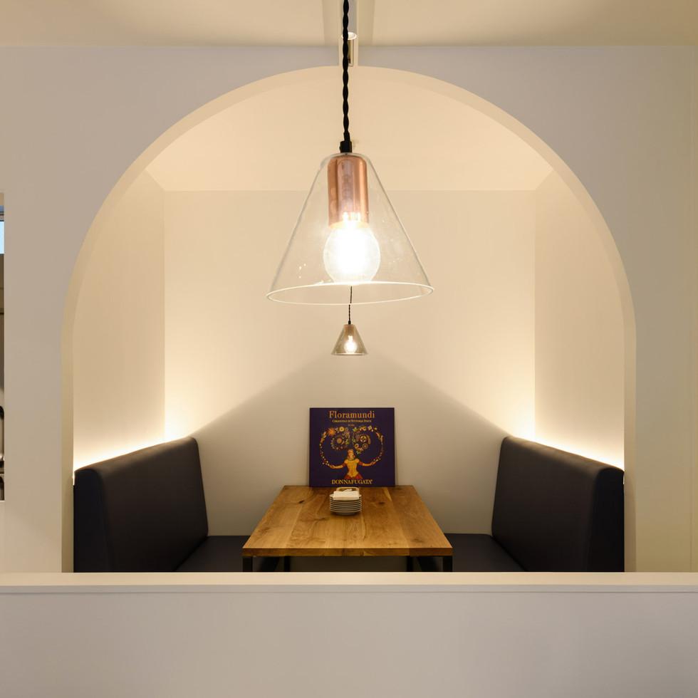 特徴的なRデザインの半個室