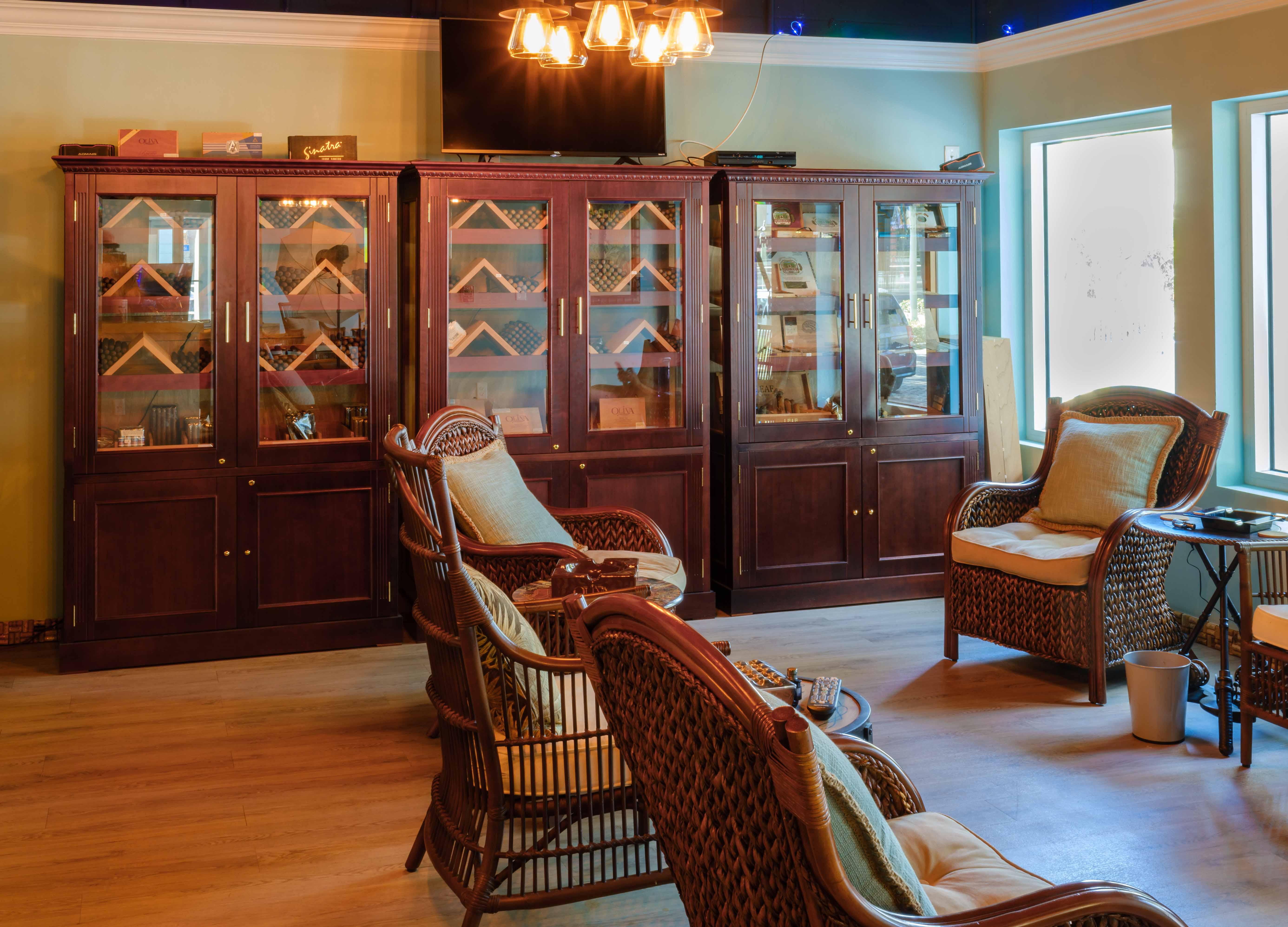 Gulfport Cigar Shop 19 s