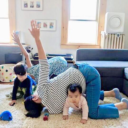 Mama & Me Yoga Class