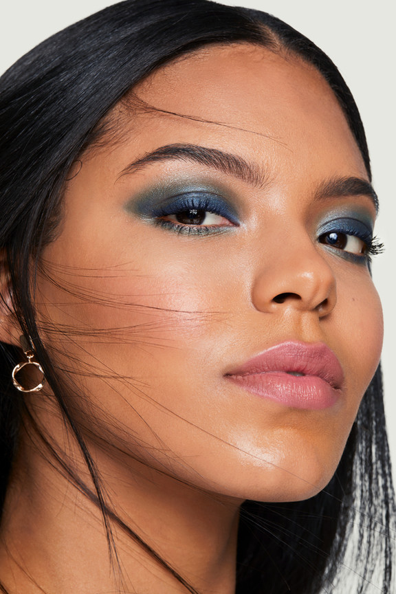 bareMinerals Holiday 2020 Campaign