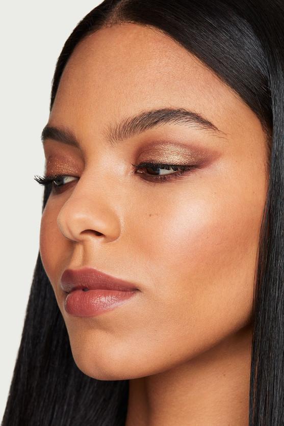 Dynamic Eye Makeup
