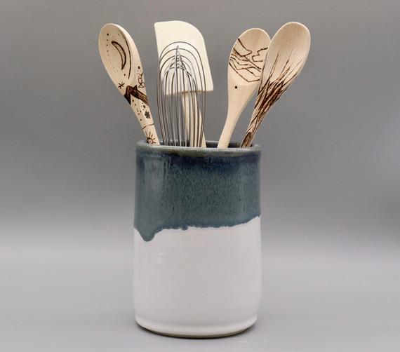 Kitchen utensil jar, crock, 7 inches