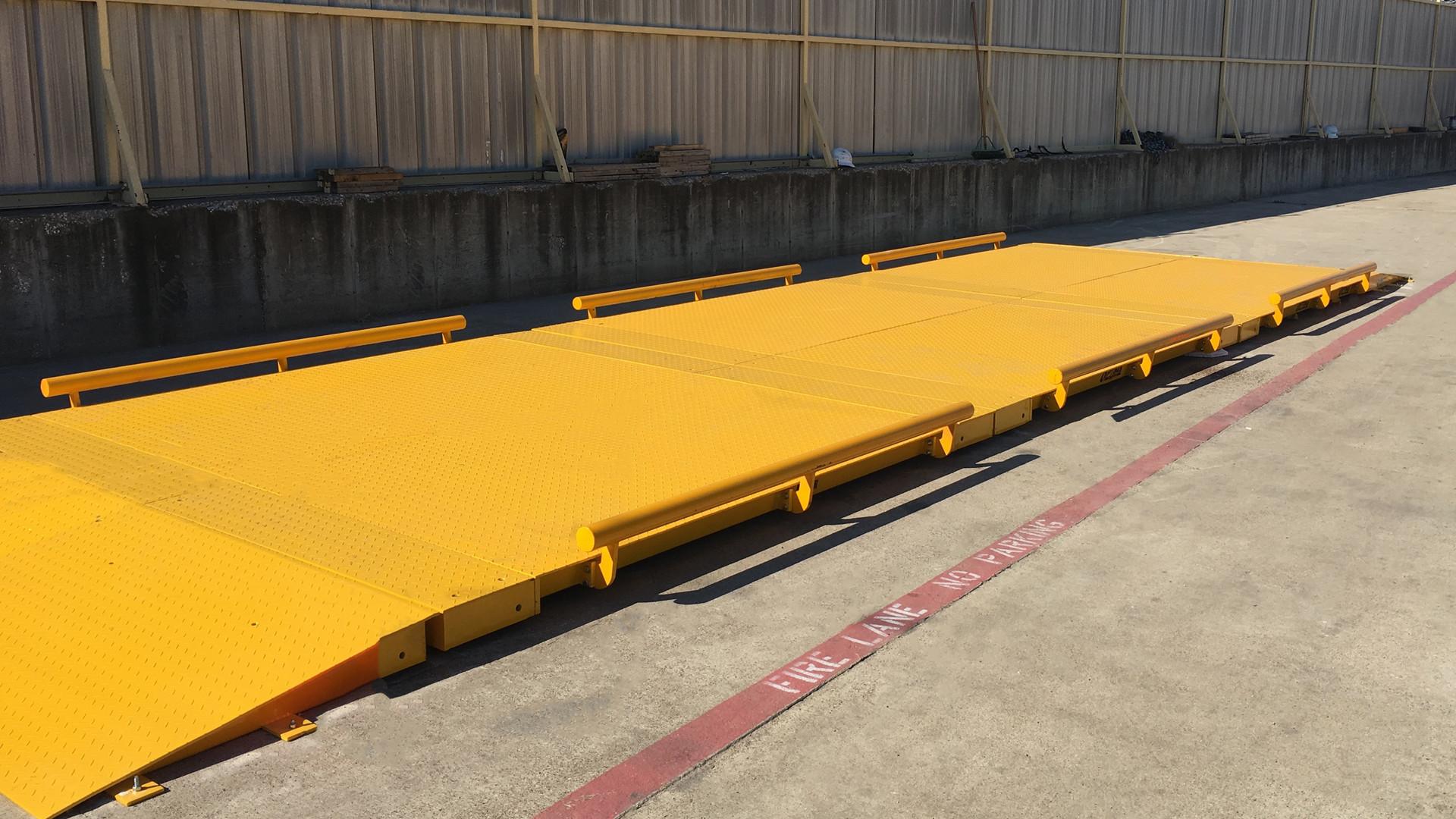 30 foot Tuf-loader