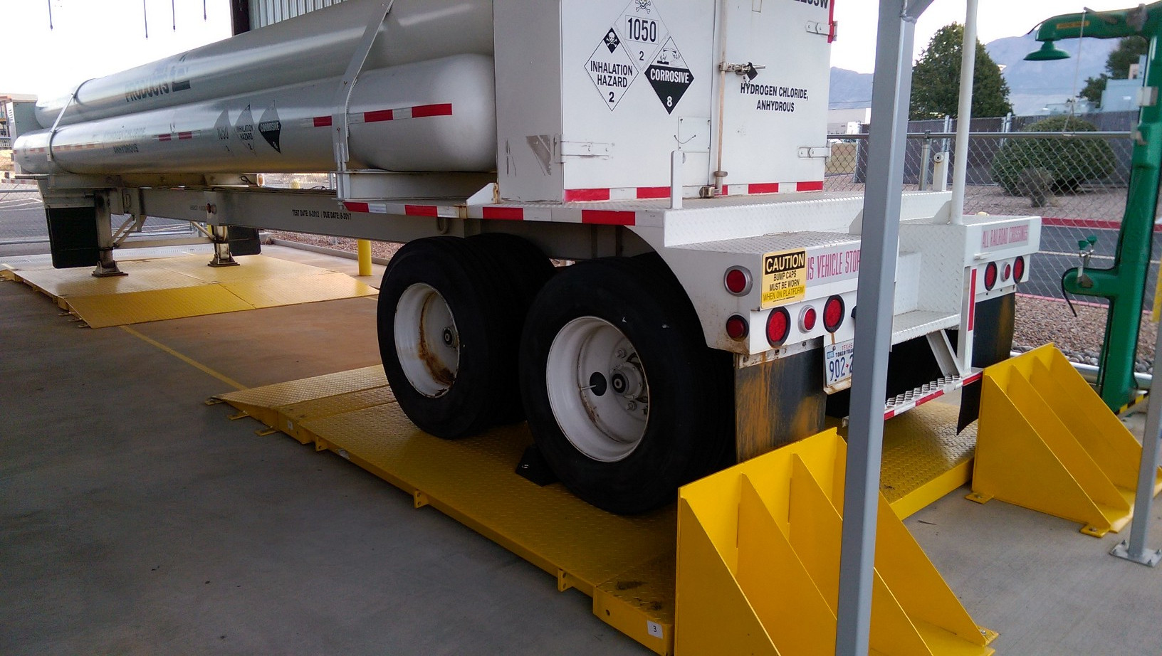 Tuf-loader with stoppers