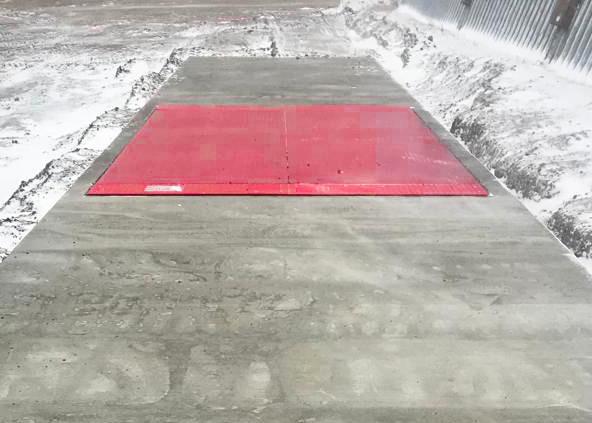 Single platform pit scale Tuf-loader