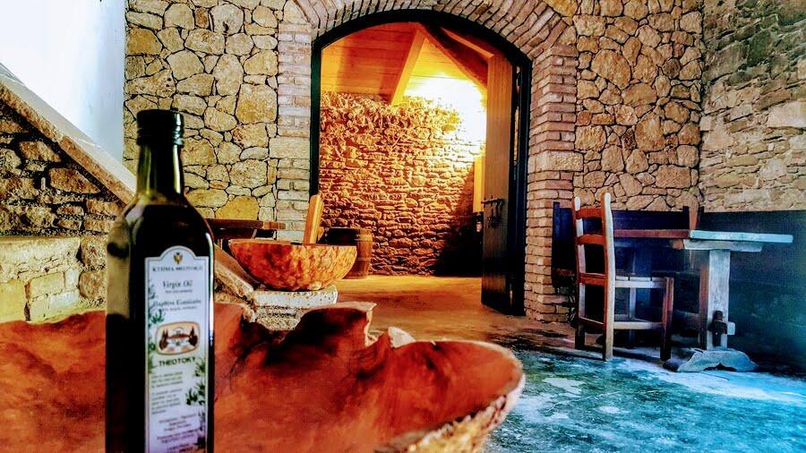 excursions-wine-tasting.jpg