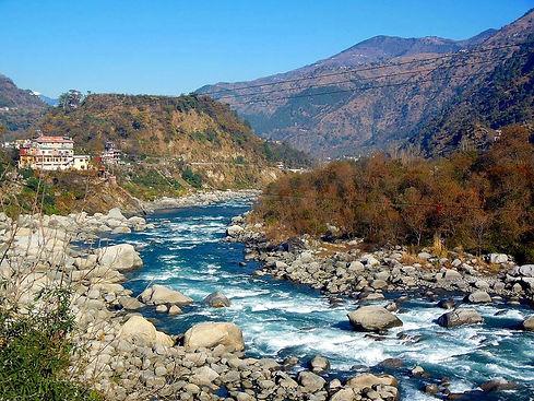 ravi-river-in-chamba.jpg