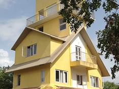 Club-House-b.jpg