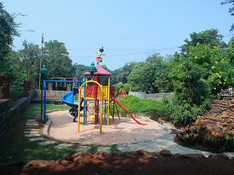 Childrens-Play-Park-b.jpg