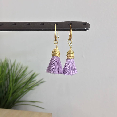 Aretes Tassel chicos color Lila