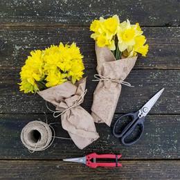 daffodil market bouquet