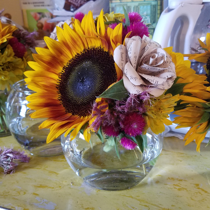 Close-up of the centerpieces