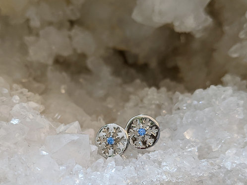 SNOWFLAKE STUDS IN STERLING SILVER
