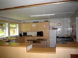 hall_kitchen.jpg