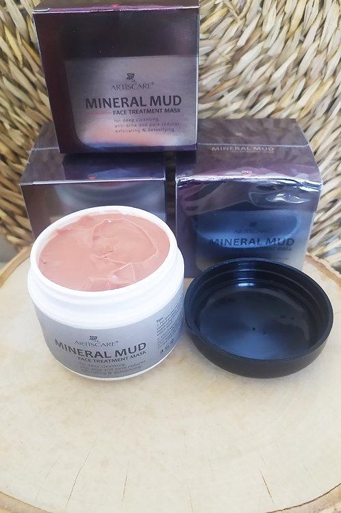 Masque visage à la boue minérale, soin boutons et acné