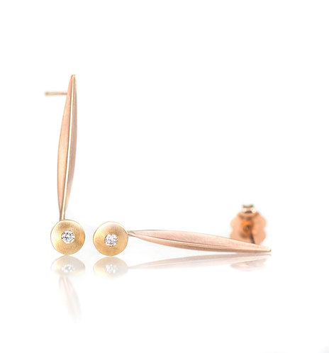single blade rose and yellow gold earrings with diamonds