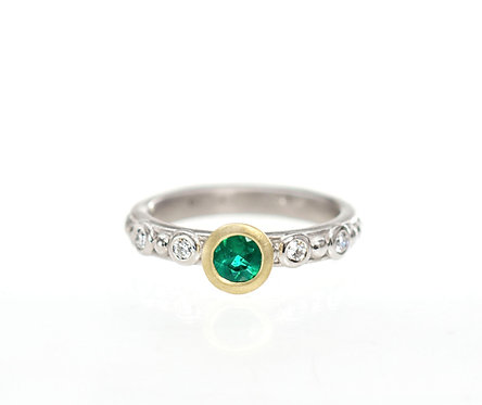 emerald and diamond beaded ring