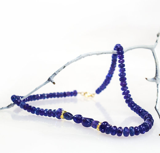 tanzanite necklace with 18kt reflection beads
