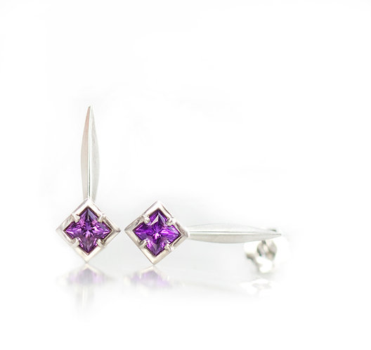 platinum single blade earrings with princess amethysts in palladium