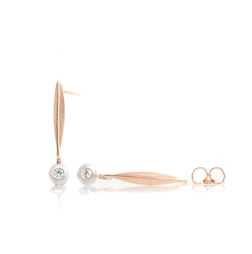 single blade diamond pebble earrings in rose gold and platinum