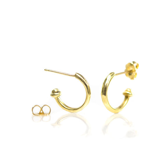18kt moving water hoop earrings