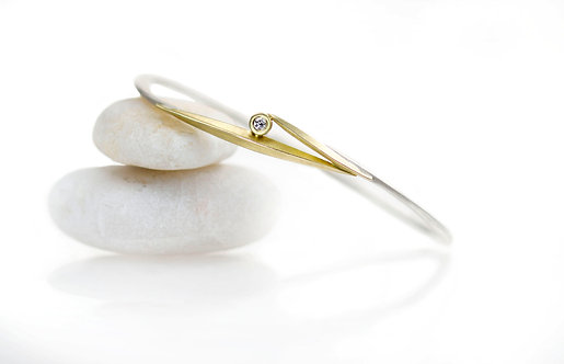 18kt yellow gold and sterling beach grass off square bangle with single diamond