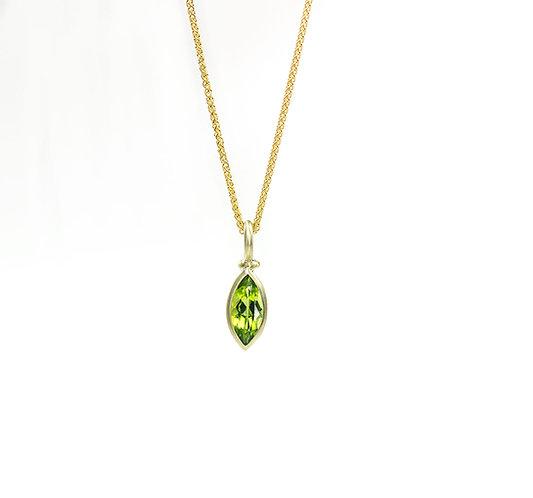 14kt green gold marquise peridot pendant