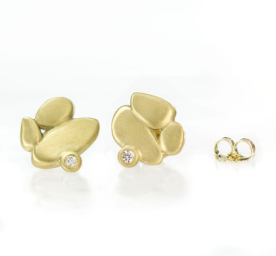 18kt clustered pebble earrings with diamonds